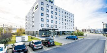 Thumb holiday inn express dusseldorf 3364838665 2x1