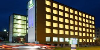 Thumb holiday inn express zurich 4201371897 2x1