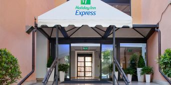 Thumb holiday inn express rome 2531973094 2x1
