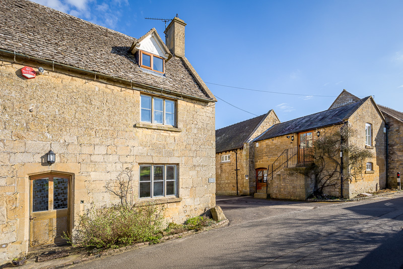 Large 18 cotswold charm gl55 6ed email