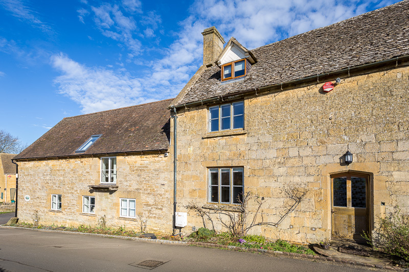 Large 17 cotswold charm gl55 6ed email