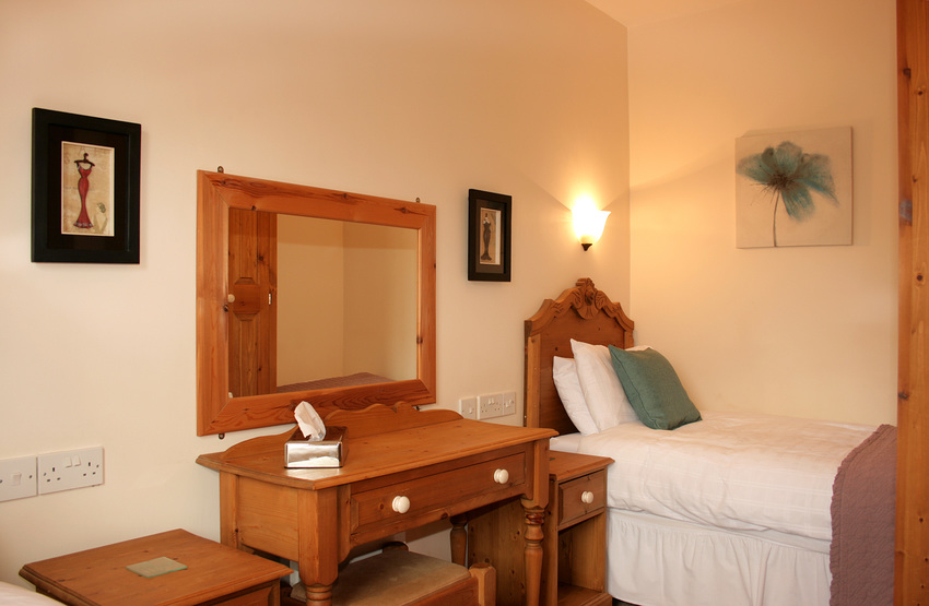 Large group accommodation self catering
