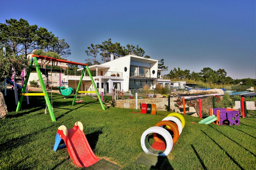 Large 6 playground a